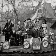 The Raconteurs / Consolers Of The Lonely